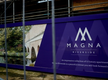 Magna Riverside - 17 luxury apartments.JPG